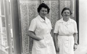 1958 vor der Strand-Eisdiele